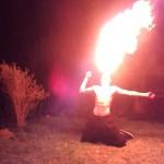 Großmeister Maxes Feuerfuchs beim Feuerspucken